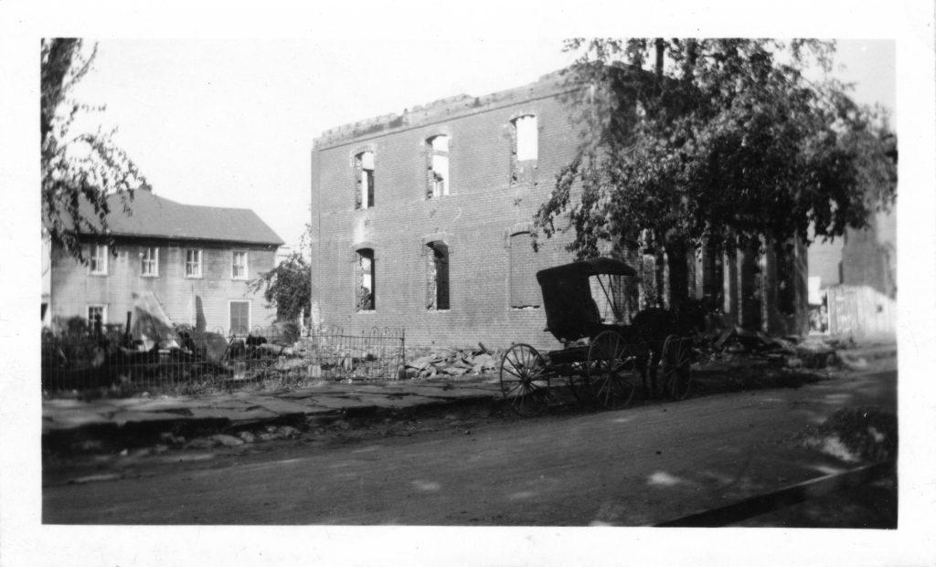 1923 Lovettsville Fire_from the north side_500 DPI