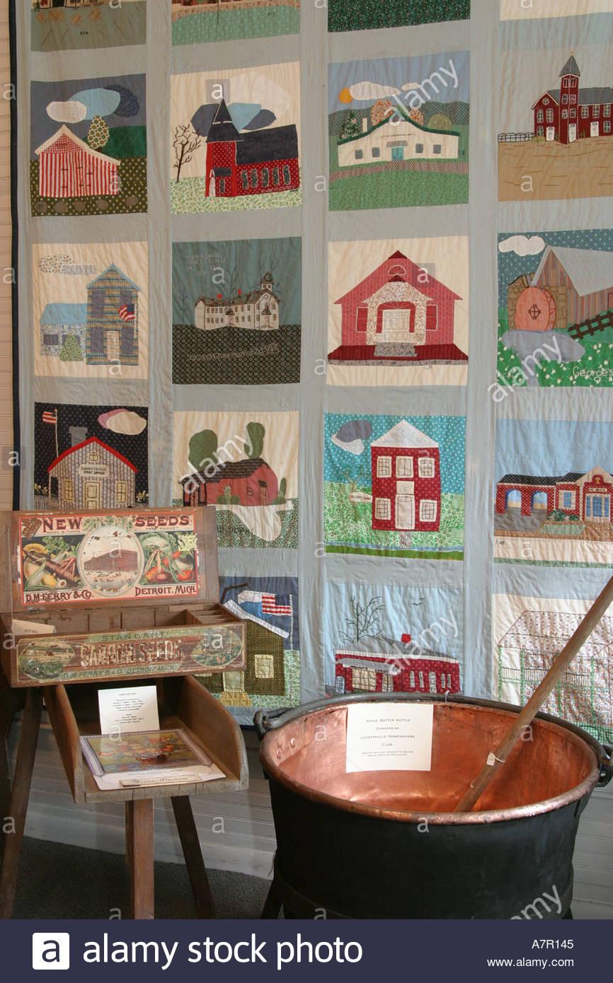Lovettsville Town Quilt