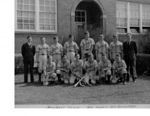 Lovettsville baseball team in front of the old school