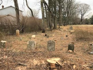 Mount Sinai Cemetery in early 2019. Photo courtesy Loudoun County Department of Planning.  Maria Curtis headstone is center rear.